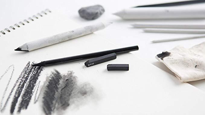طراحی سیاه قلم